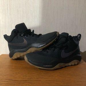 Nike Zoom Basketball Shoe. Size 7.5